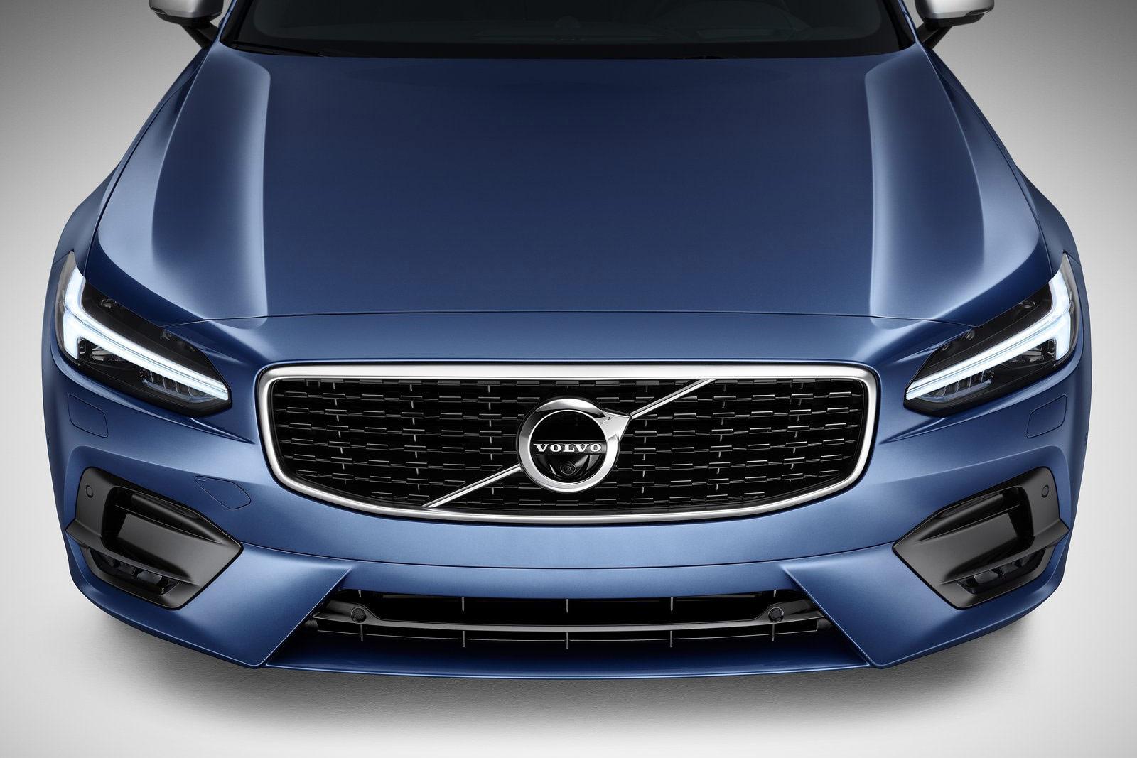 Volvo-V90_R-Design-(18)