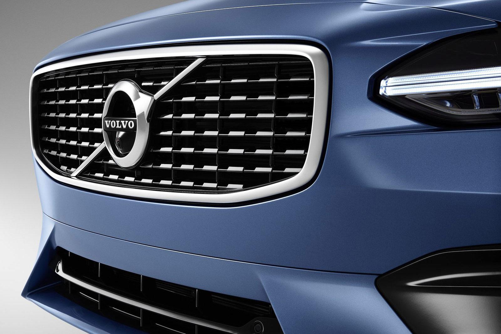 Volvo-V90_R-Design-(19)