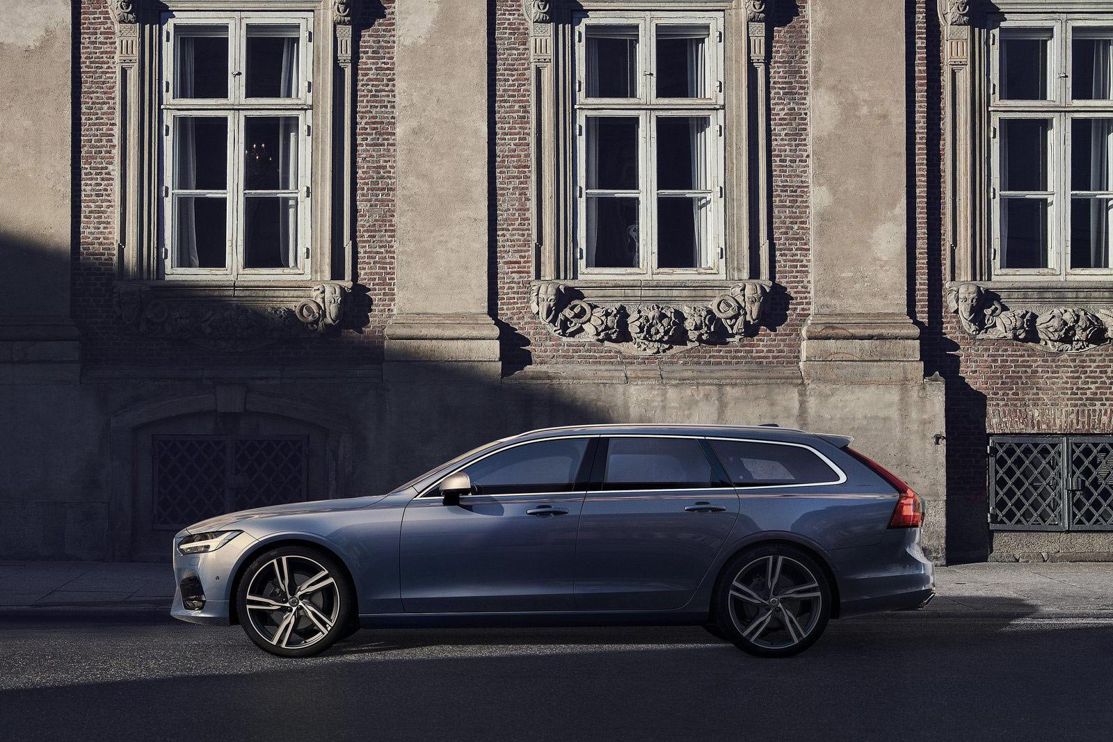 Volvo-V90_R-Design-(9)