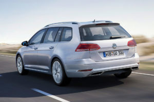 vw-golf_variant-4